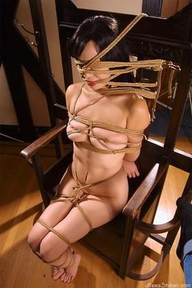 【SM☆熟女緊縛】細身のS女に弄られ喘ぐ熟女! - SM・緊縛・調教・浣腸画像