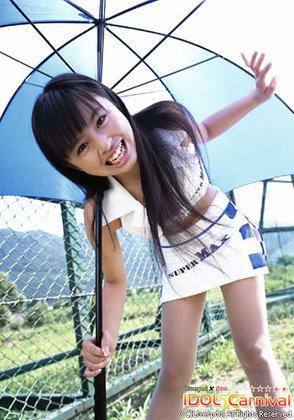 洋服が素敵な桐村萌絵さん