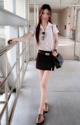 タイの女子大生の激エロ制服ファッション (3)