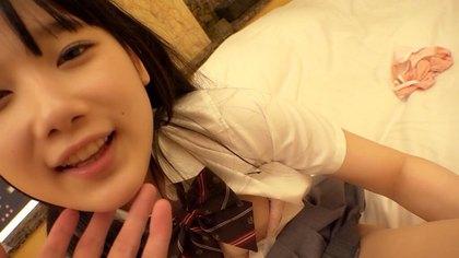 パイパン美少女Ayaちゃんのラブラブハメ撮り動画/なないろ速報