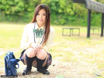 長身美乳でビデオ、風俗と転戦中の木村美羽がブレザー制服着たら妙に可愛かった39枚 | 大和美人