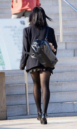 【思わずシリーズ】思わずガン見してしまう街行くパンスト美脚(画像50枚)