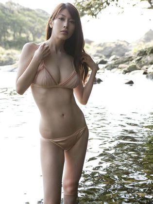 スタイル抜群 小林恵美の水着&着衣エロ画像 エロ画像が見たい!!~エロ画像まとめサイト~