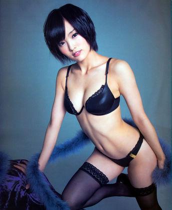 NMB48の山本彩ちゃんって確かに可愛いけど過激なグラビアでしか話題になってないような・・・ (19