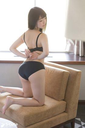 ロリ巨乳Sayuriちゃんのはにかみセックス/なないろ速報