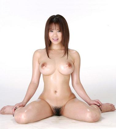 お姉さんの美しい裸体にうっとり!