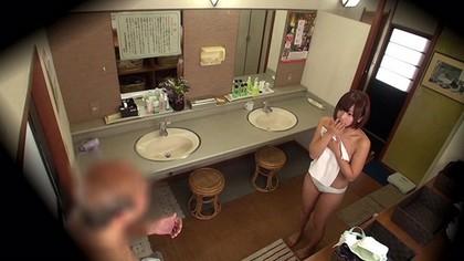 『紗倉まなちゃんタオル一枚男湯入ってみませんか?HARD』SODクリエイト ZIP画像。