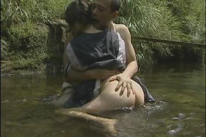 FAプロ動画 - スカートをめくって青姦-女子校生 - 白瀬あいみ ヘンリー塚本 青姦 女子校生
