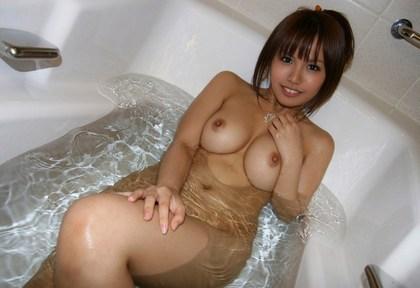 エロ画像】お風呂に入ってる女の子がエロい これから始まるエロスを想像すると堪らん 乳を求めて3000