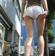 ギリギリのホットパンツ美脚でハミパンティ 美脚大魔王-足フェチとパンスト画像-