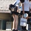 女子校生の生足で幸せになる画像-18禁エロ画像 エロアニメ