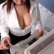 無料エロ動画userporn 巨乳女性の谷間おっぱい、ブラチラ画像集