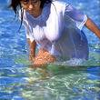 水で濡れた身体や衣服はいつもより艶っぽいねッ!女神の悪戯